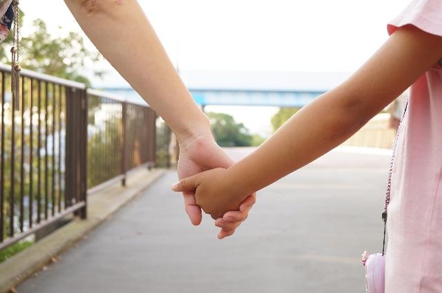 母子家庭の現状と課題